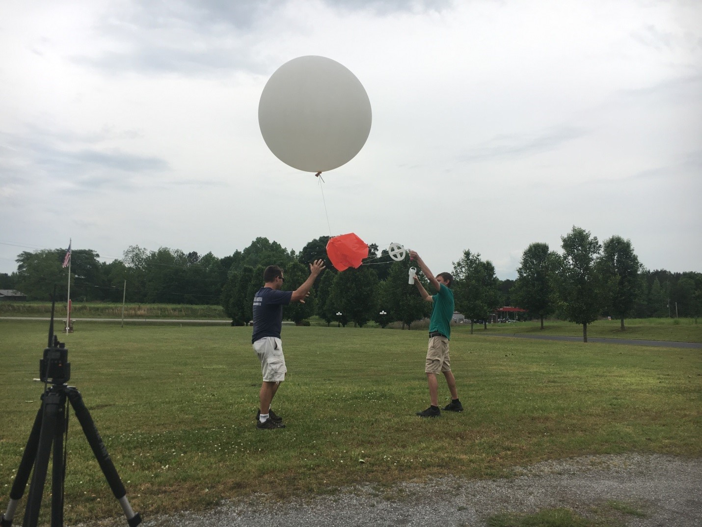 researchers launch weather balloon during VORTEX-SE