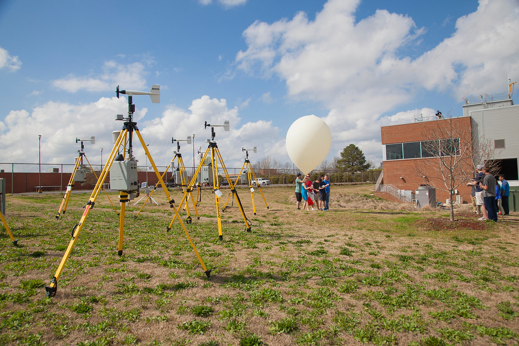 Field of wind sensors and a weather balloon